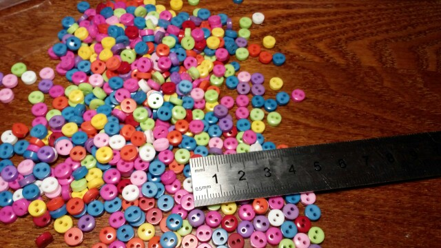 Hot Sale Random Mixed 2 Holes Resin Buttons Scrapbooking 6mm Decorative Buttons Apparel Sewing 600Pcs/lot