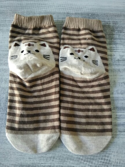 New brand 2015 Hot 3D Animals Striped Cartoon Women Cat Footprints Cotton Socks