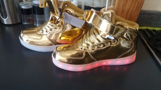 Plus Size 35-46  LED Light Shoes Men Women 7 Colors Glowing Fashion Led Shoes Flats High-top Adults Lumineuse Shoes gold siliver